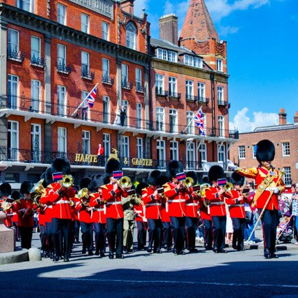 Windsor changing of the guards in front of Harte and Garter hotel