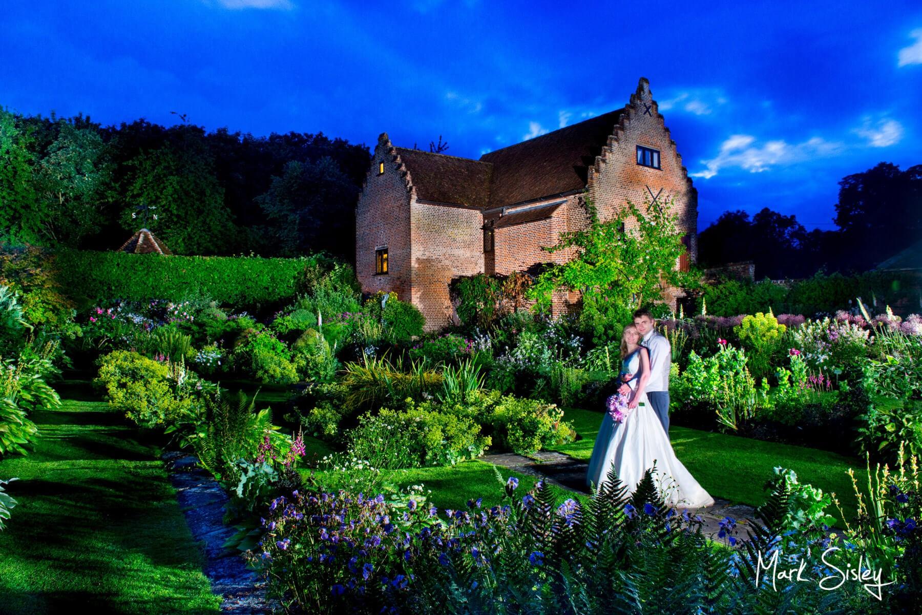 Buckinghamshire wedding photography - Chenies Manor