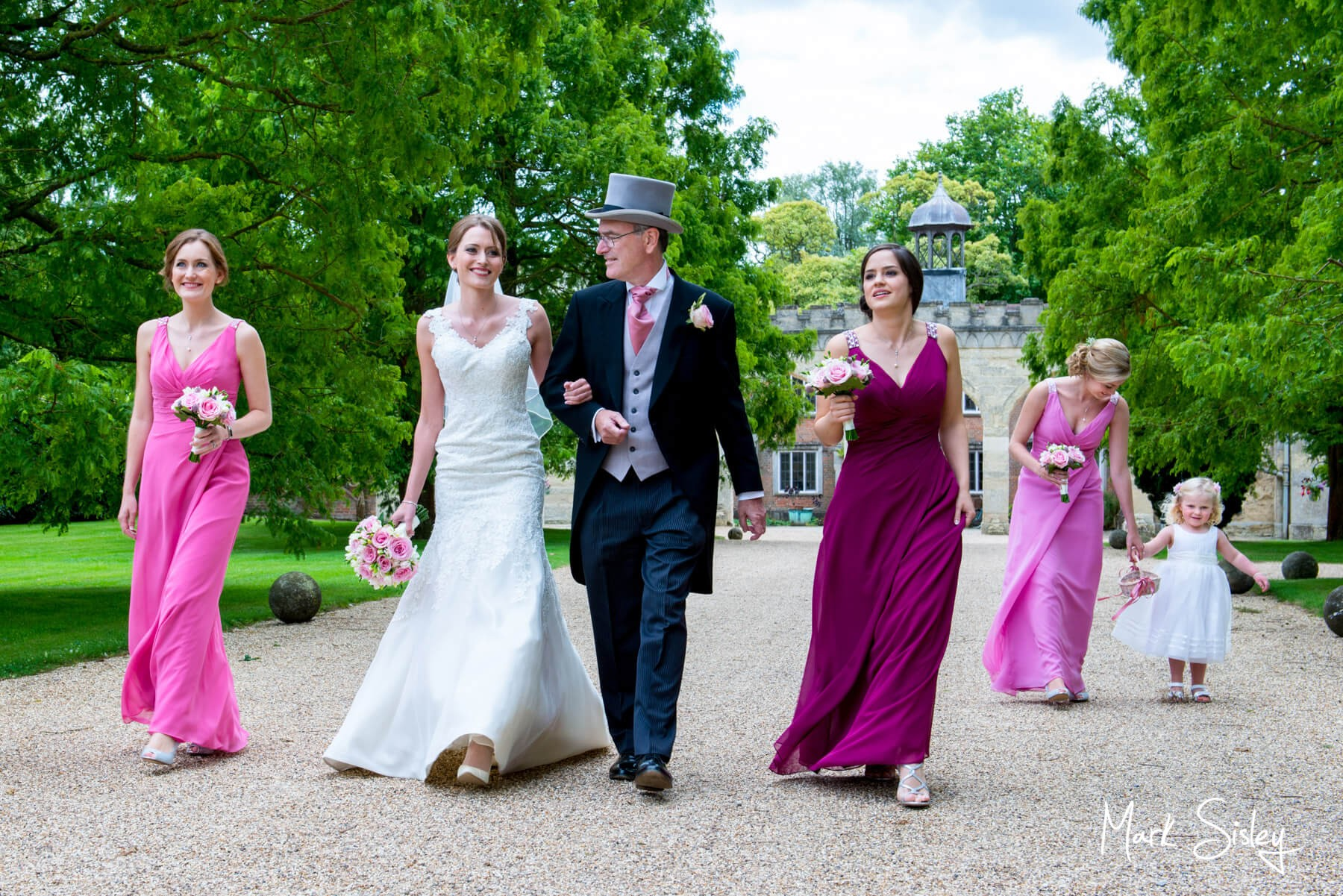 Buckinghamshire wedding photography - Nether Winchenden House wedding