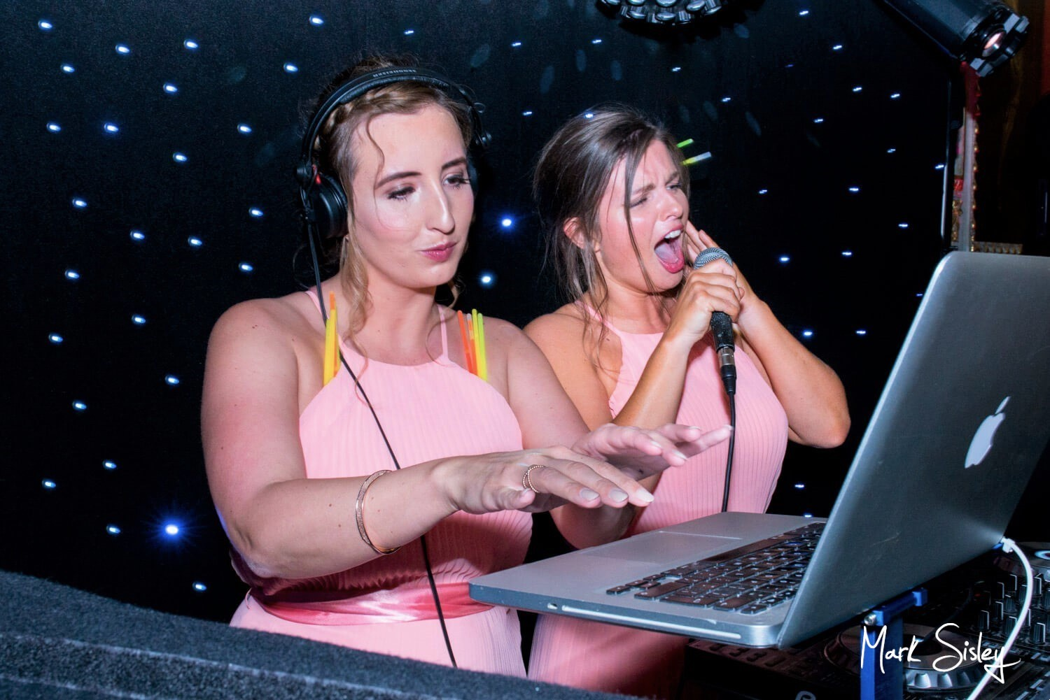 Hartwell House wedding pictures - the bridesmaids sep in for the DJ