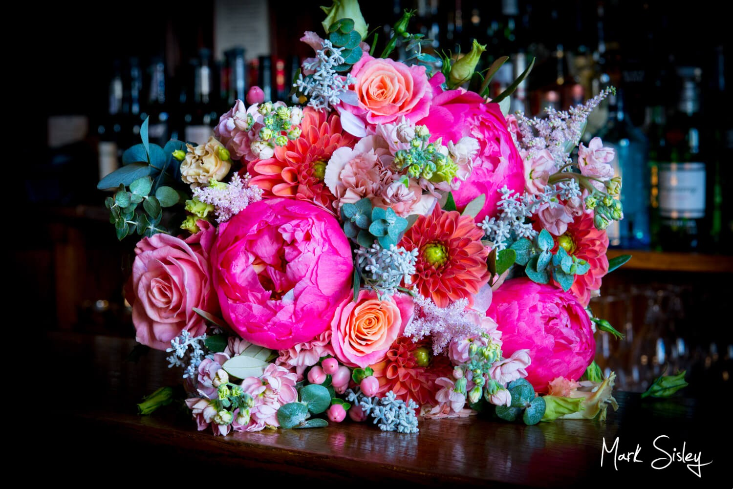 Hartwell House wedding pictures of the bride's bouquet
