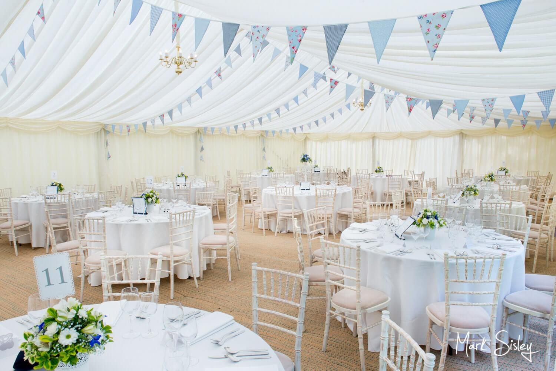 Dorton House wedding photos of the marquee