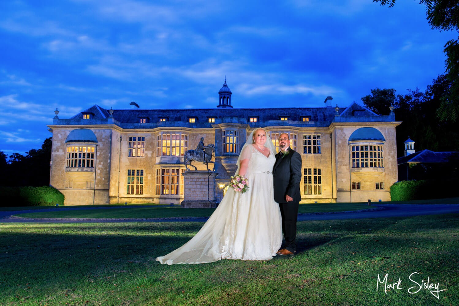 Hartwell House autumn wedding photography under dusky skies