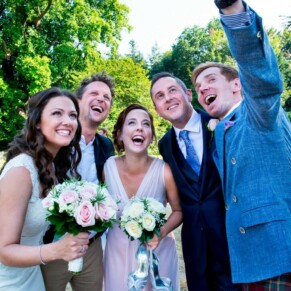 Time for a selfie at Taplow House summer wedding