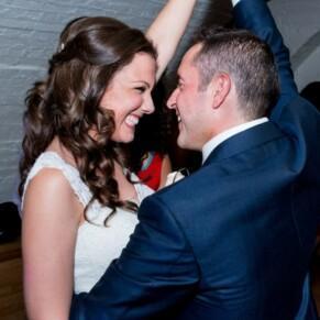 Newlyweds dancing he night away at their Taplow House summer wedding
